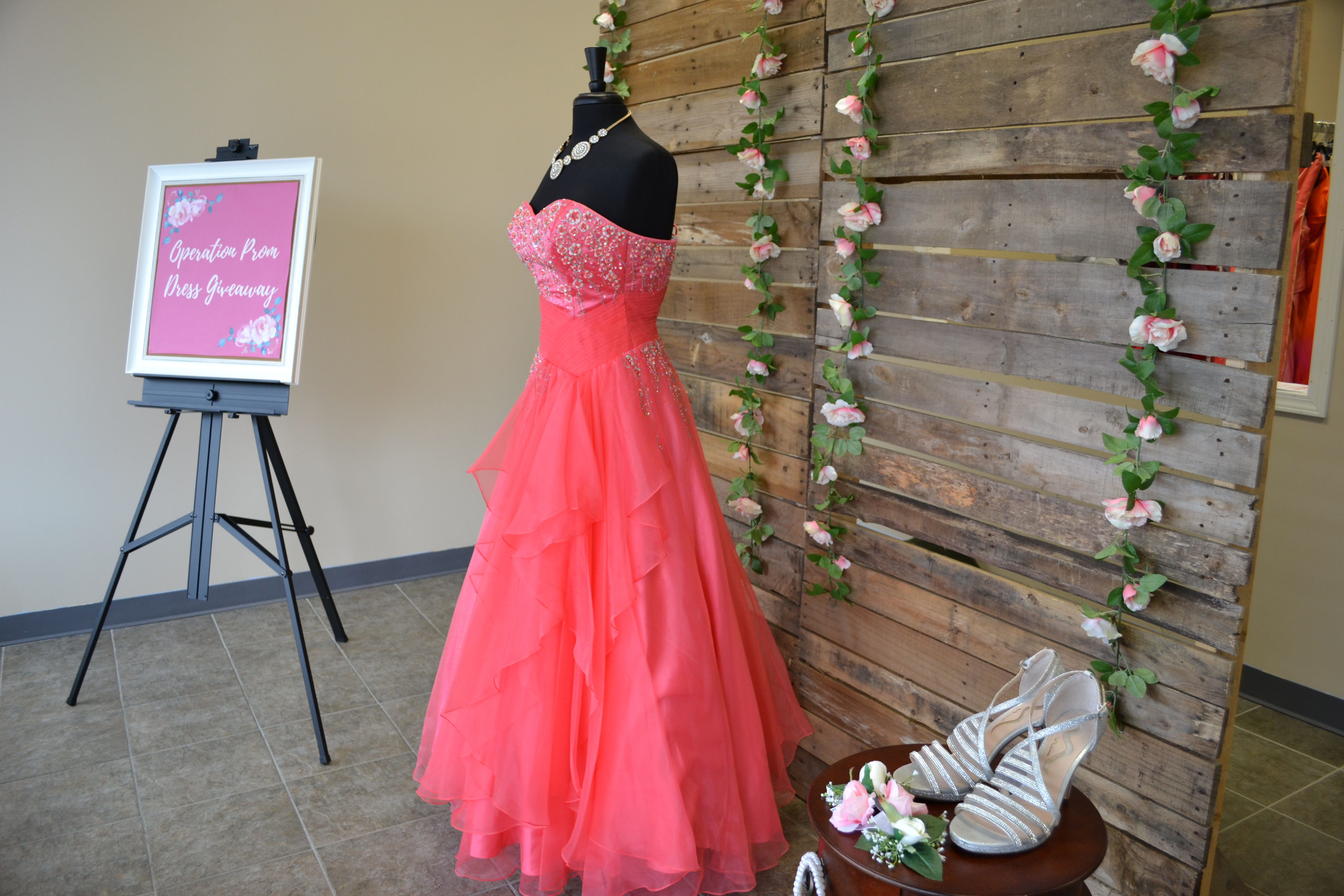 0883d0a06ae4 Prom Dress Giveaway - Hope Center of LeRoy